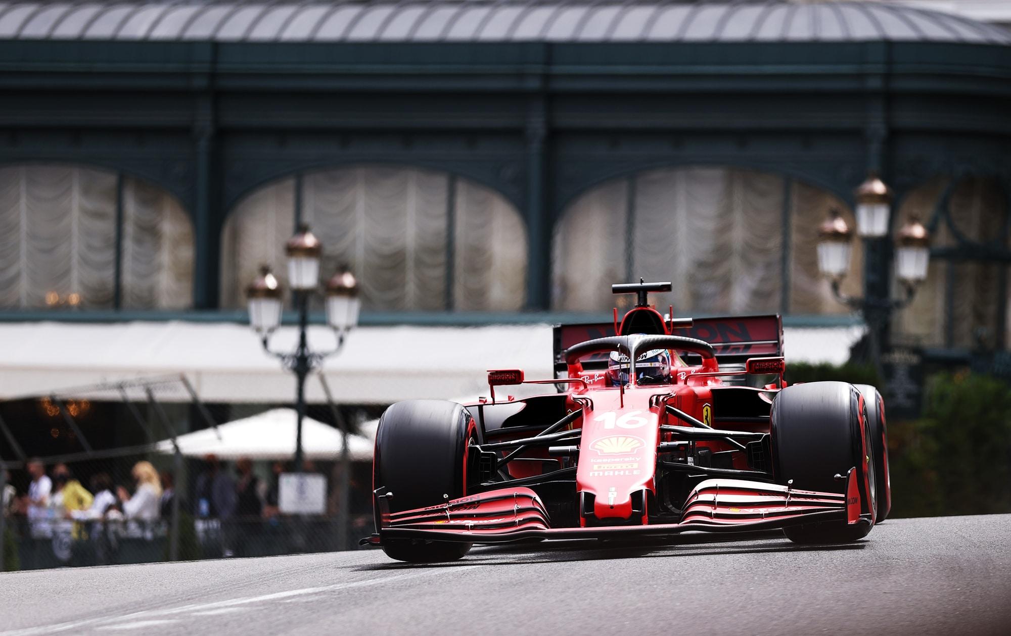 210700814 35d3304b e7f7 4db0 9f7c 29262b9ac6b6 - Ferrari: Leclerc a Baku con un cambio nuovo