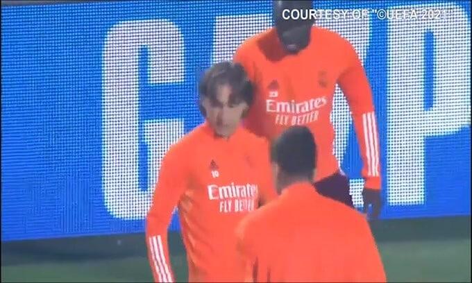 Superlega: Uefa sospende procedimento su Juve, Real e Barcellona