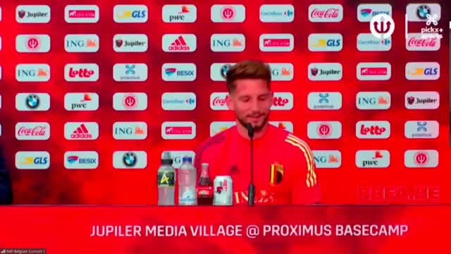 "Mertens rassicura: ""Voglio restare al Napoli"""