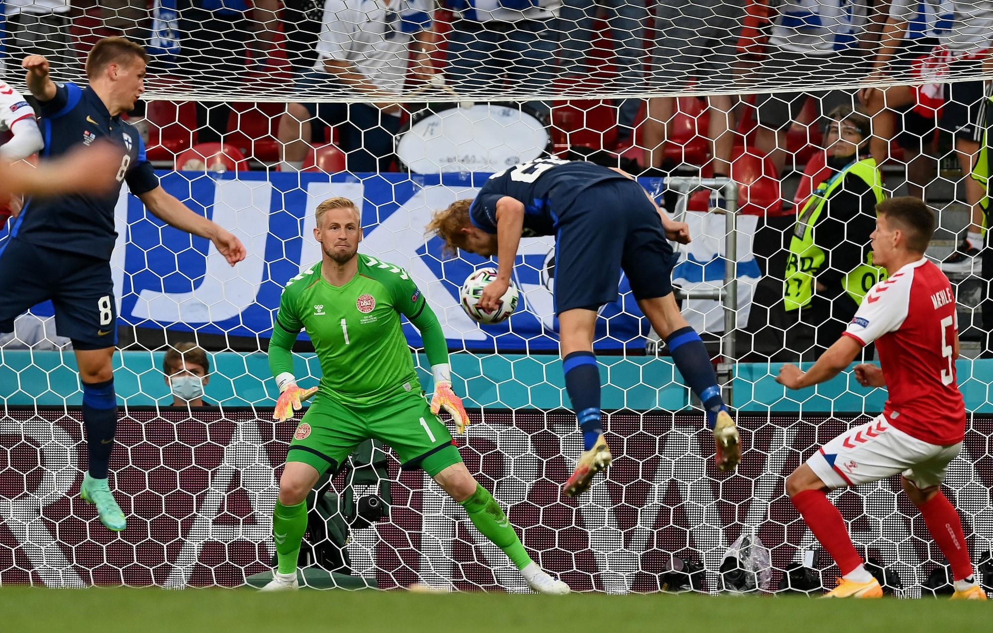 Pohjanpalo gol, Hradecky para tutto: Danimarca ko con la Finlandia
