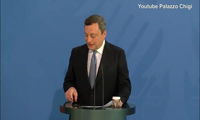 """Draghi: """"Non si giochi in Paesi dove i contagi crescono rapidamente"""""""
