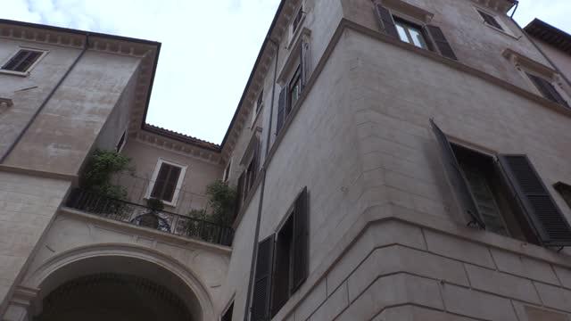 Roma: Mourinho, la casa a Palazzo Taverna