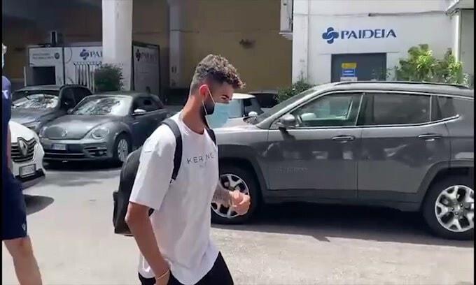 """""""Striscione vergognoso"""", la Lazio si schiera con Hysaj"""