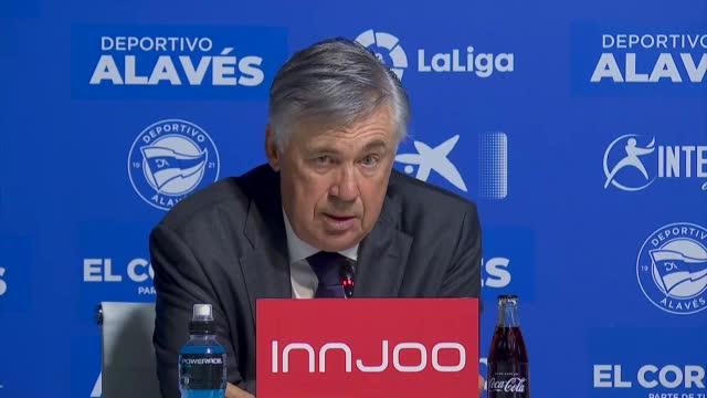 """Ancelotti: """"Benzema? Più che un attaccante"""""""