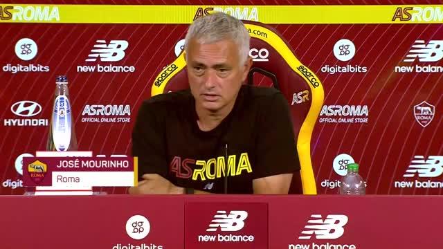 """Mourinho: """"Roma club gigante, col tempo arriveranno i risultati"""""""