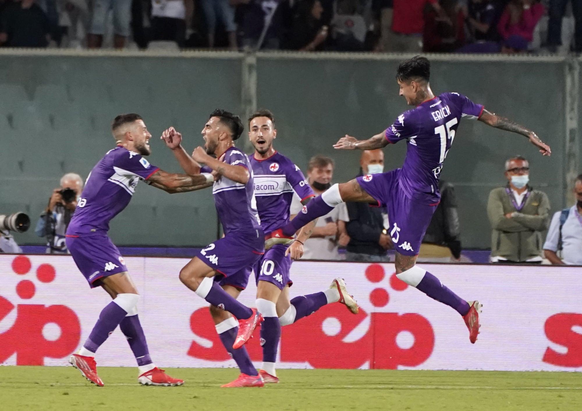 Gonzalez super, Vlahovic c'è: la Fiorentina batte il Torino
