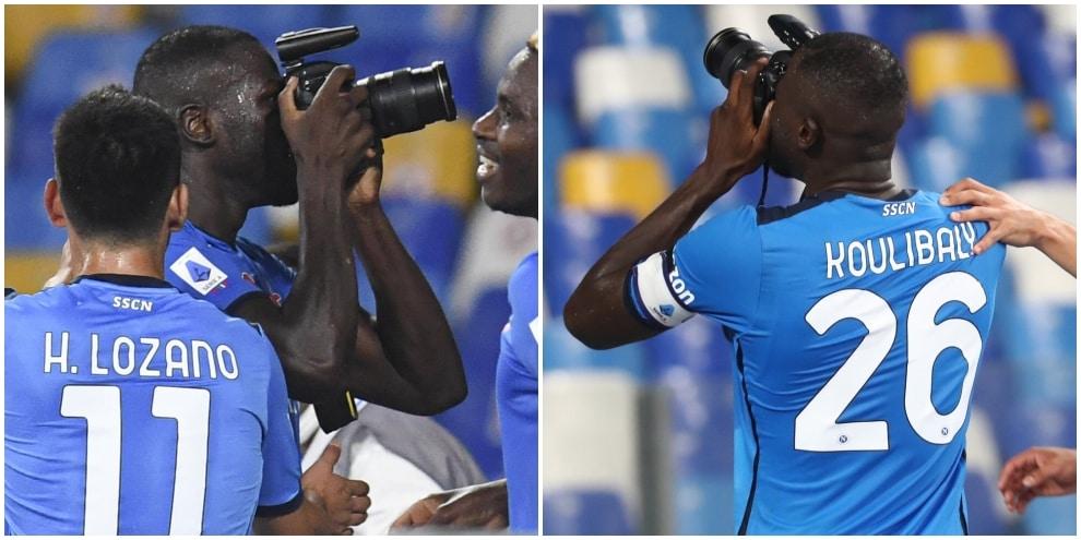 Fotografie e baci ai tifosi: l'esultanza di Koulibaly