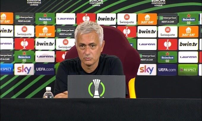 """Mourinho: """"Siamo in costruzione, manteniamo alto il livello"""""""
