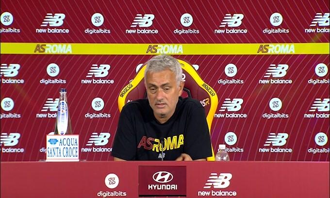 """Mourinho: """"Sono qui per la mia esperienza e la mia maturità"""""""
