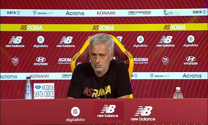 "Mourinho: ""Pellegrini mi aveva giurato sarebbe rimasto"""