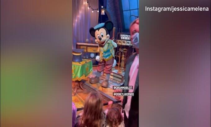 Immobile e la famiglia in gita a Disneyland