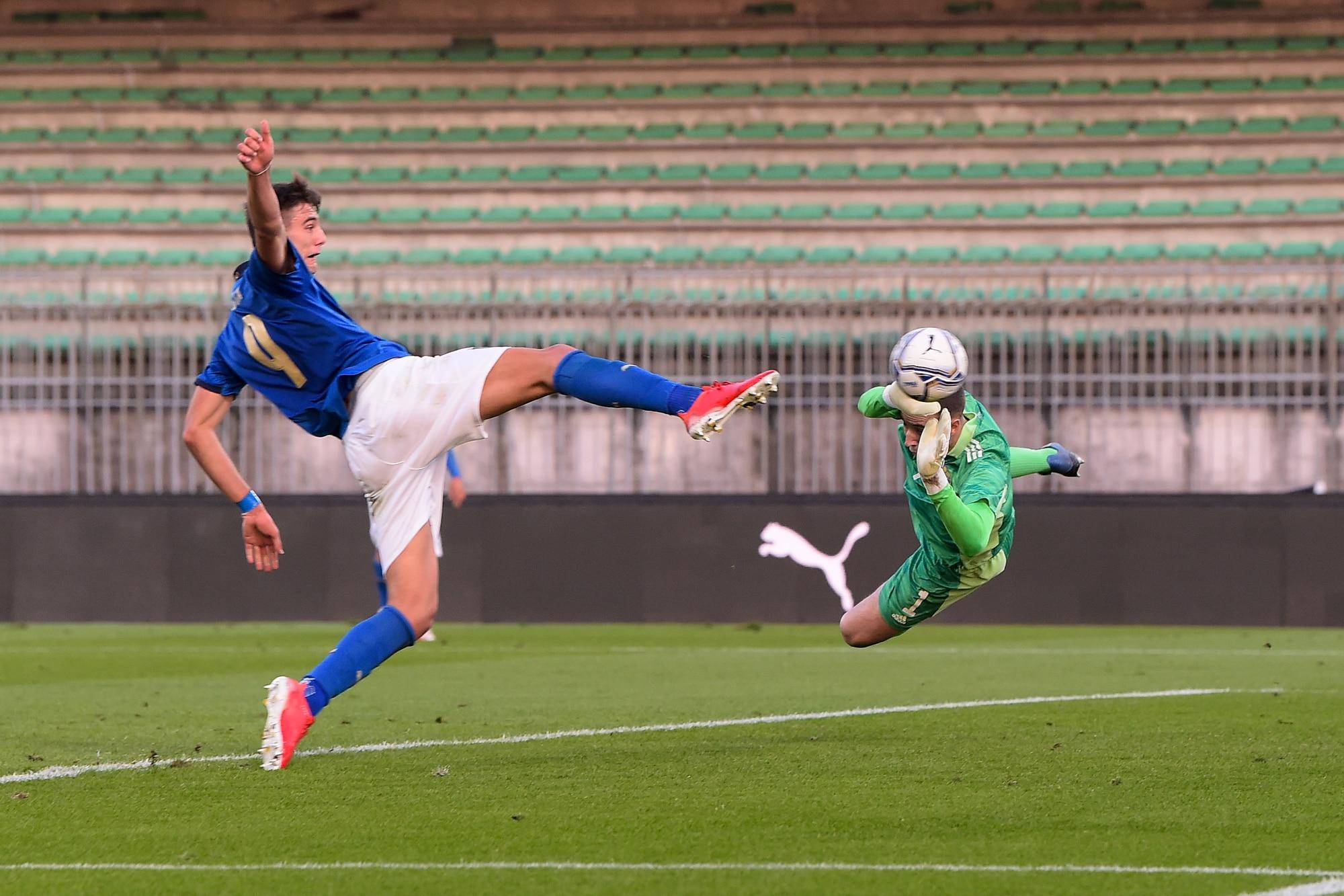 Gol di Lucca, ma l'Italia Under 21 è beffata dalla Svezia