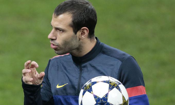 Il giocatore ha ammesso di sentire tutti i giorni Benitez ma il Barça  chiede molto per il suo cartellino 32519ffddd66