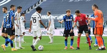 Moviola Juve-Inter, Calvarese da 4,5: quanti errori!