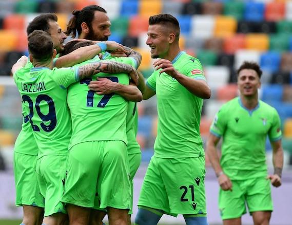 """<p><span style=""""color:#B22222"""">LIVE </span>Udinese-Lazio: palo di De Paul al 49'</p>"""