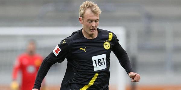 """Lazio, il Dortmund blocca Brandt: """"Resta con noi"""""""