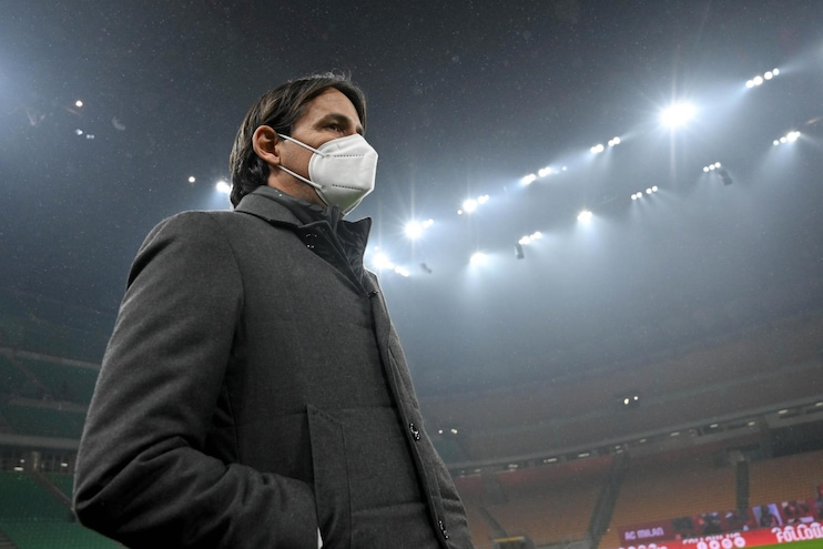 AC Milan v SS Lazio - Serie A  MILAN, ITALY - DECEMBER 23: SS Lazio head coach Simone Inzaghi  during the Serie A match between AC Milan and SS Lazio at Stadio Giuseppe Meazza on December 23, 2020 in Milan, Italy. (Photo by Marco Rosi - SS Lazio/Getty Images)
