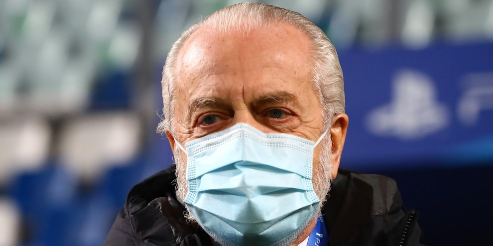 """Napoli, De Laurentiis: """"Innumerevoli problemi, parlerò con Spalletti"""""""